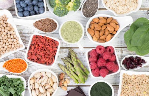 8 Consigli alimentari per ridurre i sintomi dell'affaticamento cronico