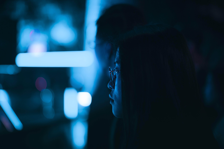 Sonno e luce blu